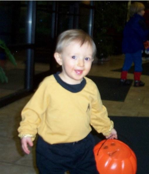 Noah -- Halloween 2002a