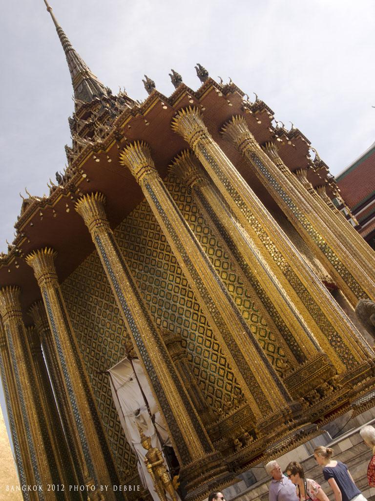 玉佛寺藏經閣 Phra Mondop