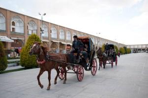 伊瑪目廣場上有馬車租,可租來遊廣場一圈
