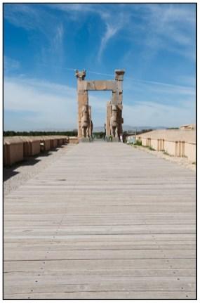 通過Gate of All Nations走到Army Street 盡頭就是Apadana Palace