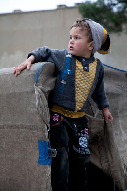 市集外一個小孩