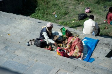 Life and death in Pashupatinath Temple