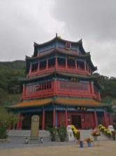 新春行佛寺