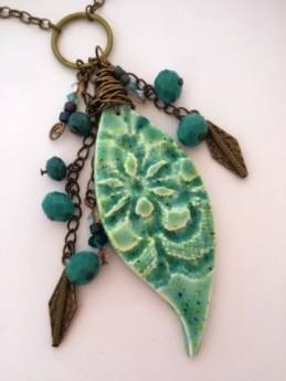 Debbie-Crothers-Polymer-Clay-Liquid-Clay-Artist-Instructor-BOHO-Pendants-Necklace (16)