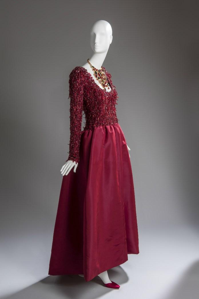 vestido rojo de noche givenchy