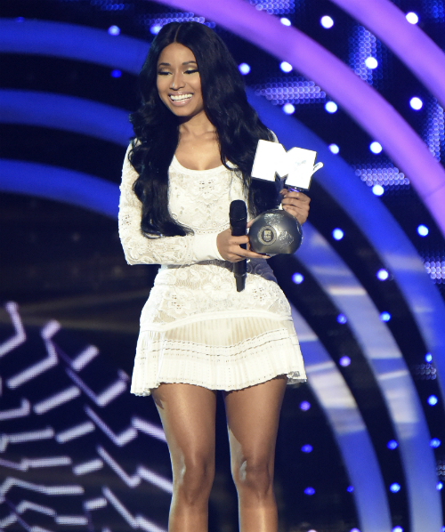 nicki minaj mtv ema´s
