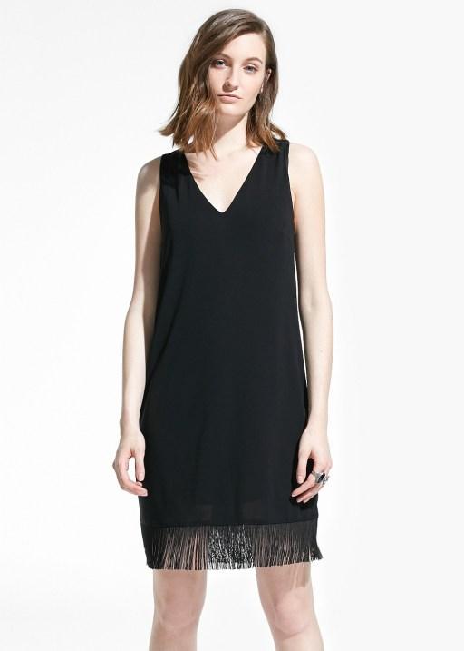 mango vestido negro flecos