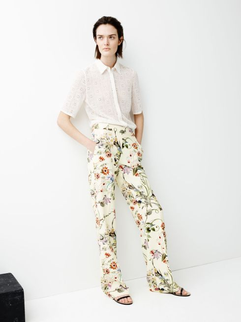pantalon flores zara