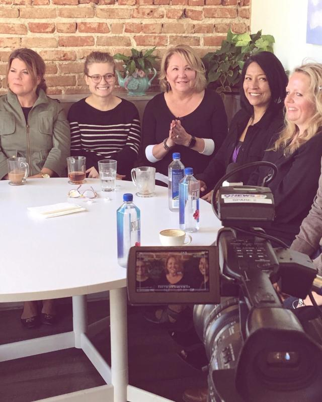 Deb Sheppard 10 Person Virtual Group-Medium Reading
