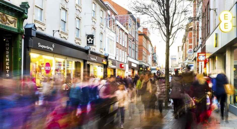 Christmas Shopping - iStock_000043526598_Medium