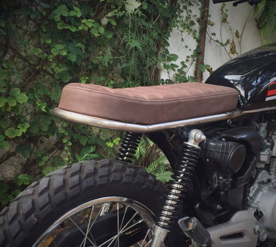asiento cafe racer