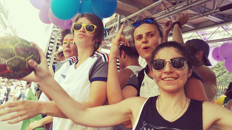 DECALAGE - Pride de fin d'année