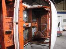 BMW 2002 (orange) 010