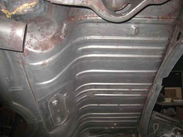 légère corrosion sous la peinture