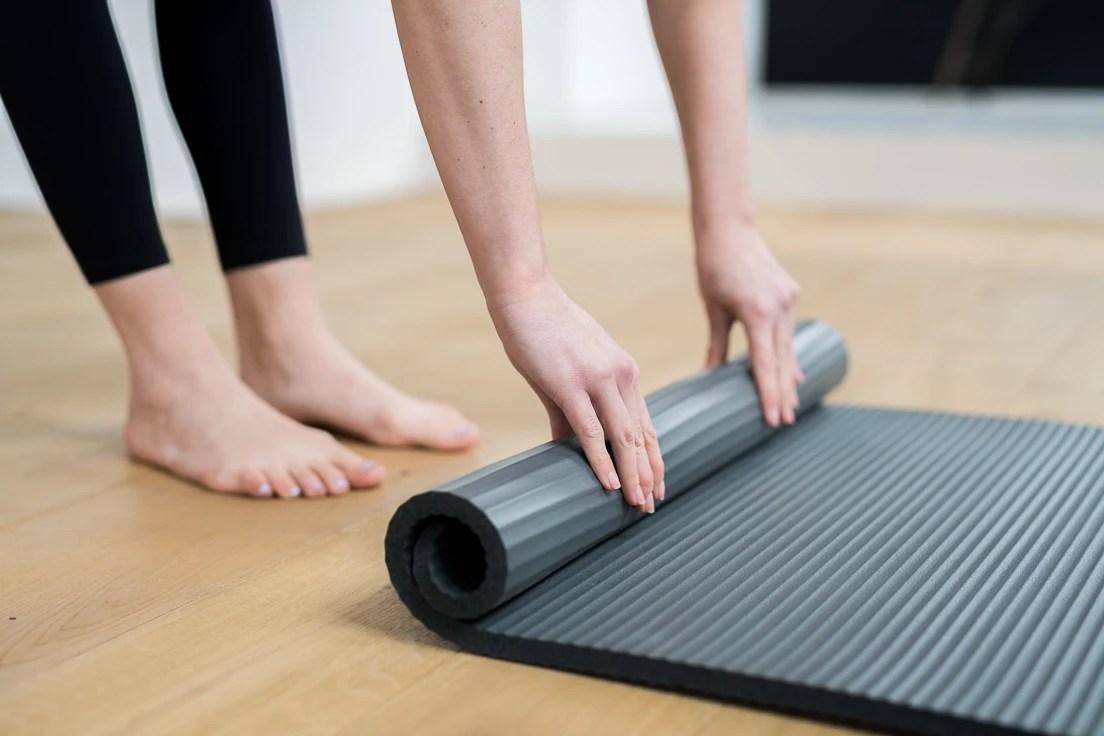 guide d achat des tapis de gym au sol