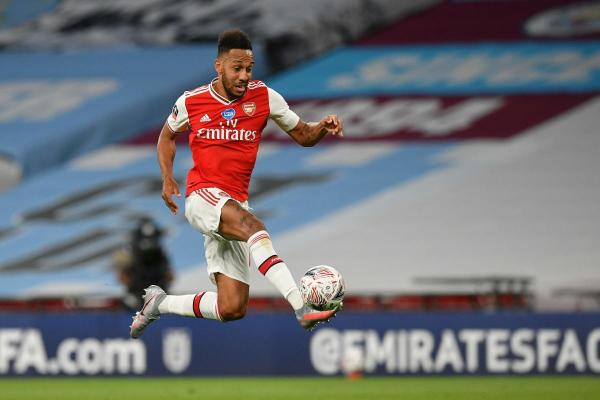 Aubameyang stuns City as Arsenal reach record 21st FA Cup final ...