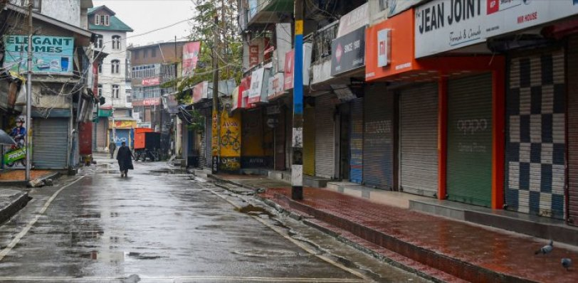 Covid-19: After religious places, markets reopen in Kashmir | Deccan Herald