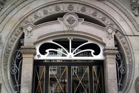 Vigo - Edificio de Camilo e Benigno Fernandez - 1913