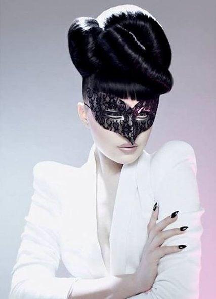 Viktoria Modesta by Cheung Li
