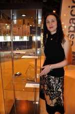 Decimononic at Madrid Joya 2015 - Irene Lopez with 'Abyssal' cuff