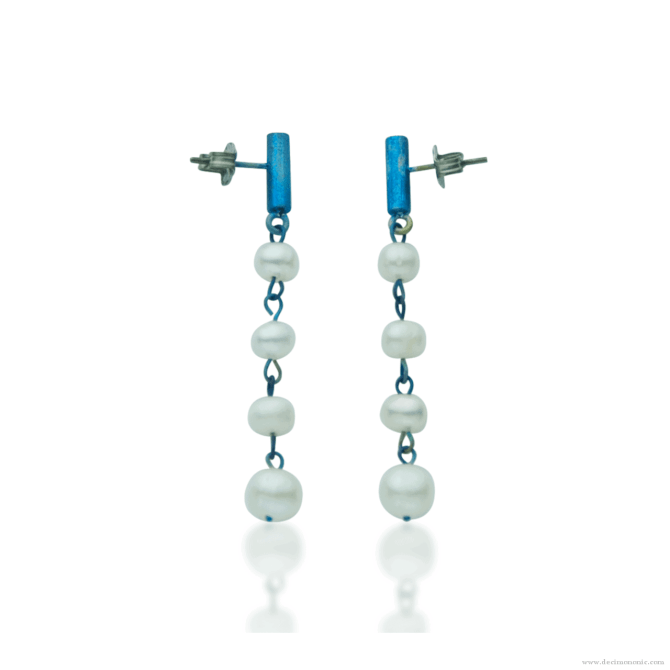 Blue titanium earrings 'rain of pearls' - Nautilus Collection by Decimononic