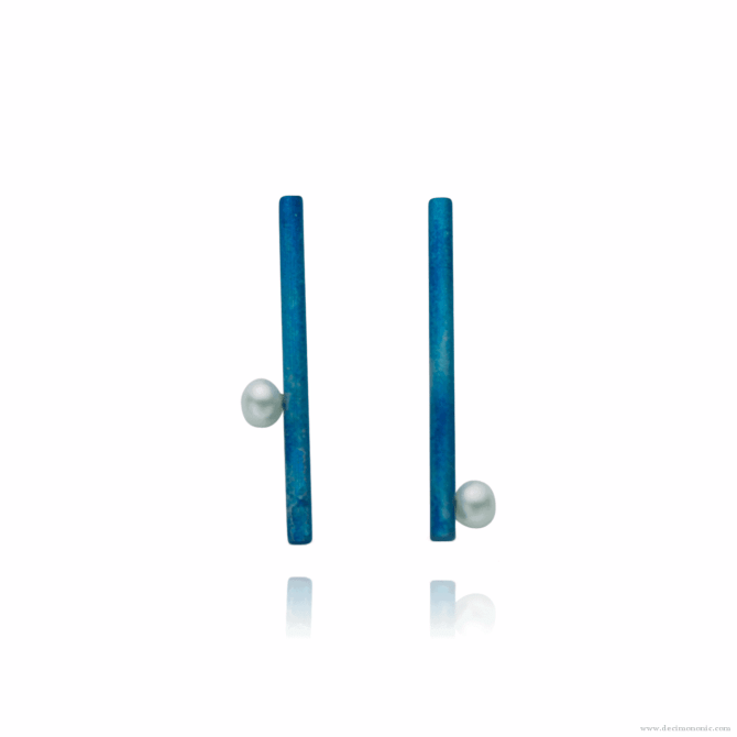 Blue titanium long bar post earrings with pearls - Nautilus Collection by Decimononic