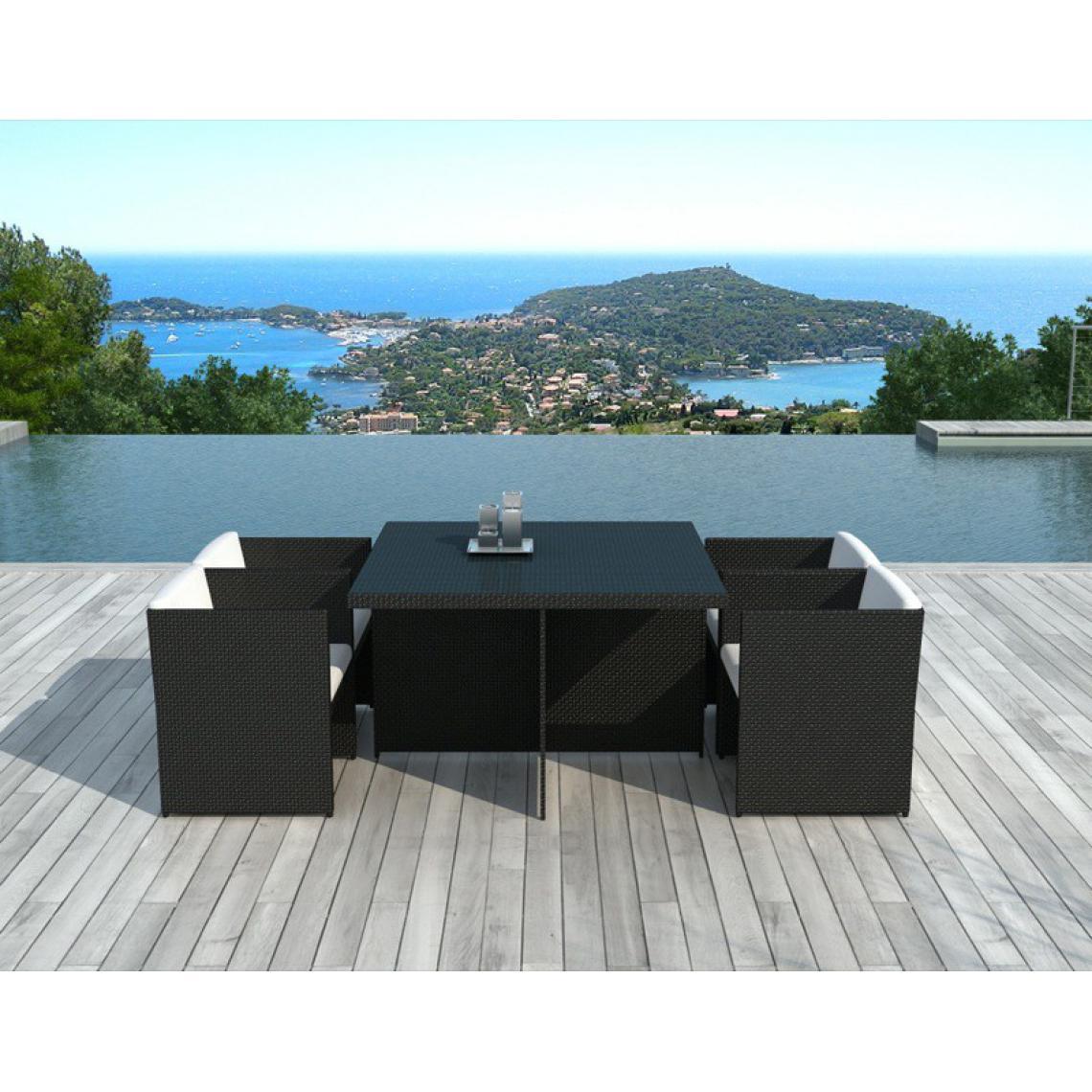 table et chaises de jardin bicolores en resine tressee alix