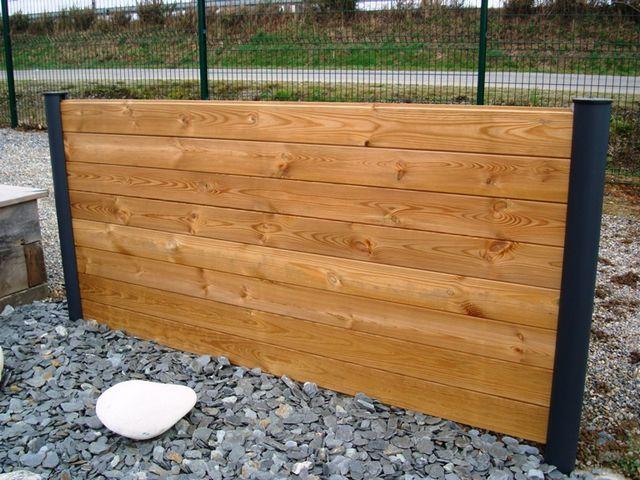 les palissades et panneaux en bois