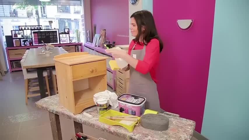comment peindre un meuble en bois brut