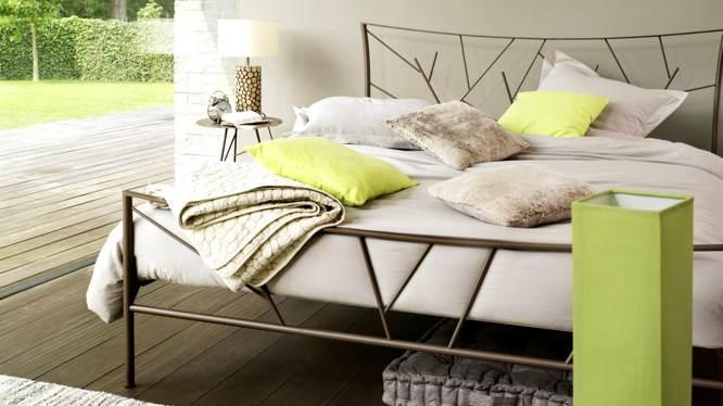 quand le lit a barreaux seduit aussi