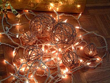 Boules de Noel en ficelle 2travelandeat