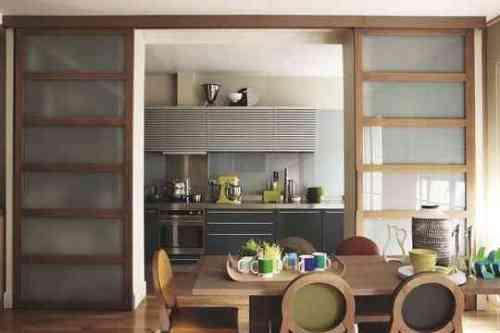 Cuisine-ouverte-portes-coulissantes-Philippe-Hurel