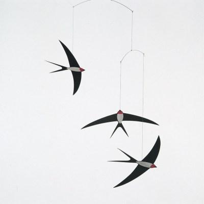 mobile-vol-d-hirondelles-noir-Smallable