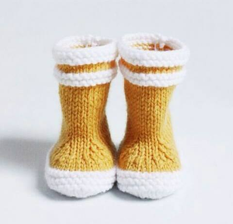 bottes jaunes tricot BB