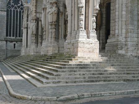 Chartres Cathédrale escalier sud 2011