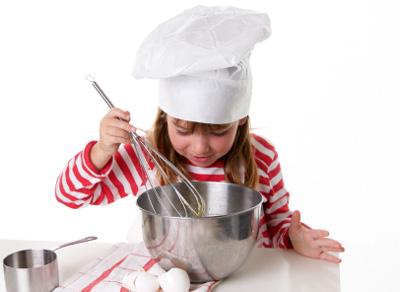 la-cuisine-avec-les-enfants-les-taches-adequates-RecettesduQuebec