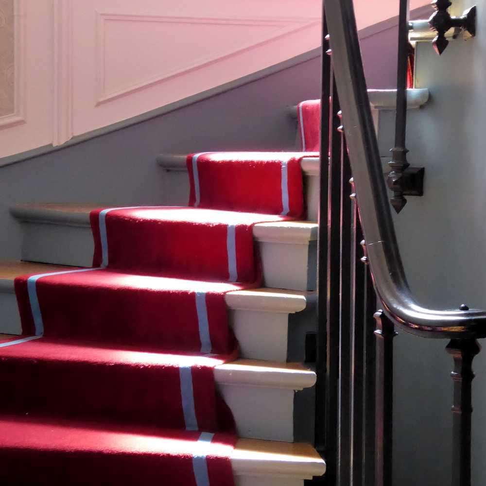 Quelle Couleur Pour Une Cage D Escalier art nouveau à tous les étages : les escaliers