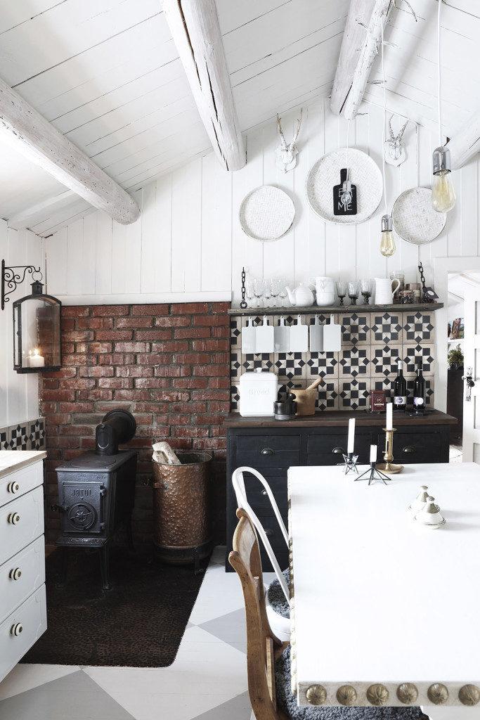 Une cuisine rustique chic à la scandinave sur @decocrush - www.decocrush.fr