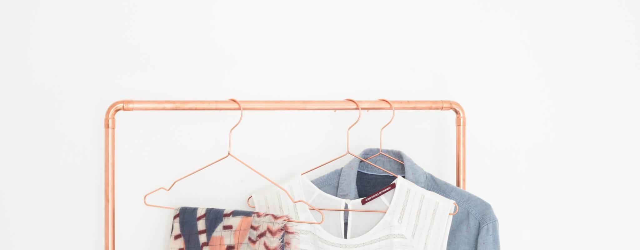 DIY : Portant pour vêtements en cuivre par Heju pour Leroy Merlin