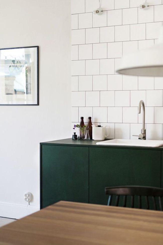 Scandi green in the kitchen !