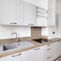 Optimisation des rangements dans une cuisine en location (@cuisishop)
