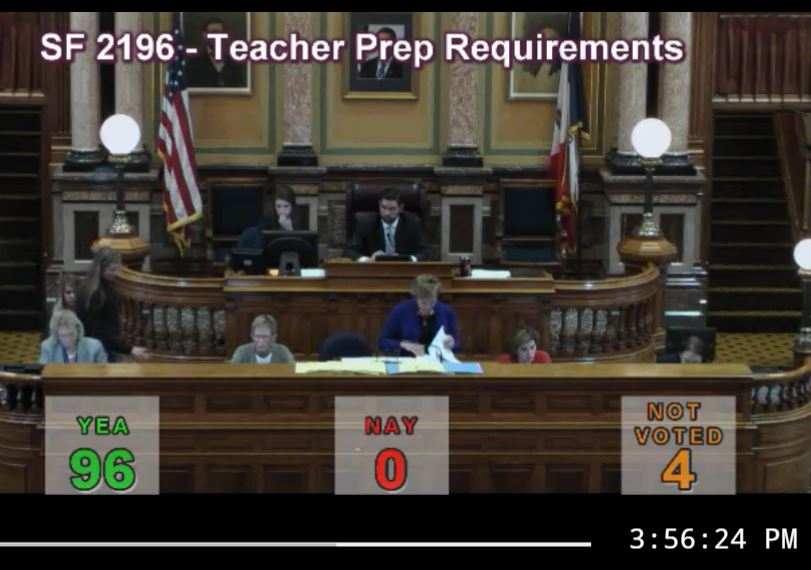 This bill requires Iowa colleges and universities to prepare teachers to teach ALL students, including those with dyslexia.