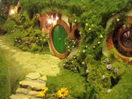Ενα κουκλοσπιτο εμπνευσμενο απο τα Hobbit