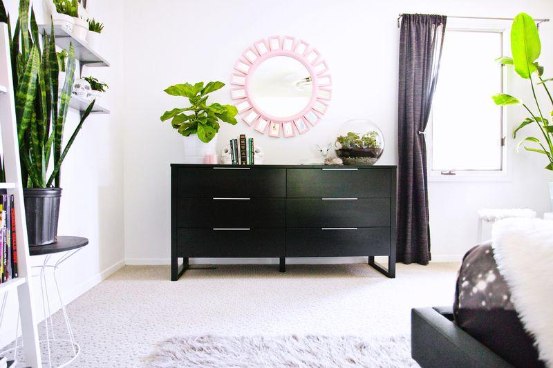 laura_bedroom (1)