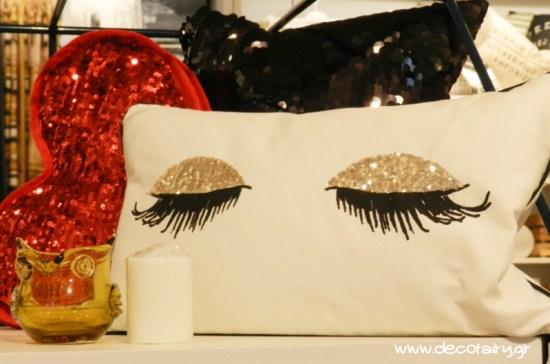 Αυτό το μαξιλάρι ήταν έρωτας με την πρώτη ματιά...!
