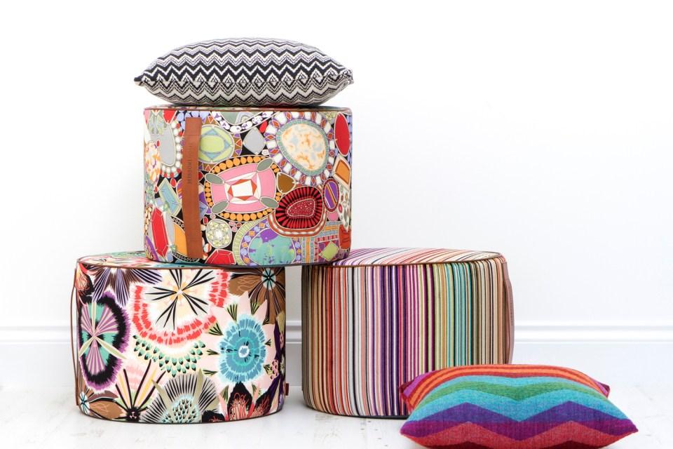 colored-poufs