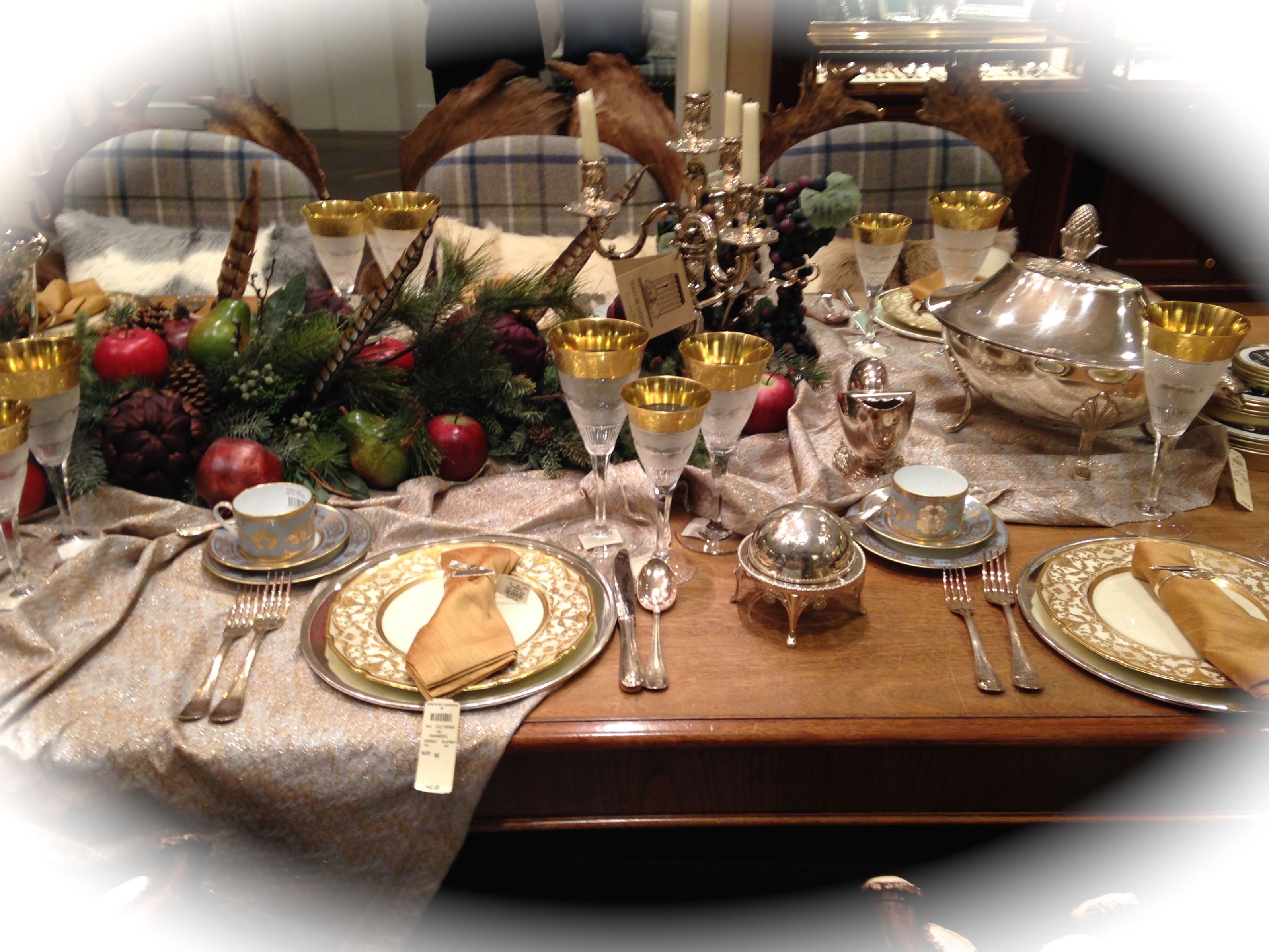 A Dream Of A Christmas Table Setting