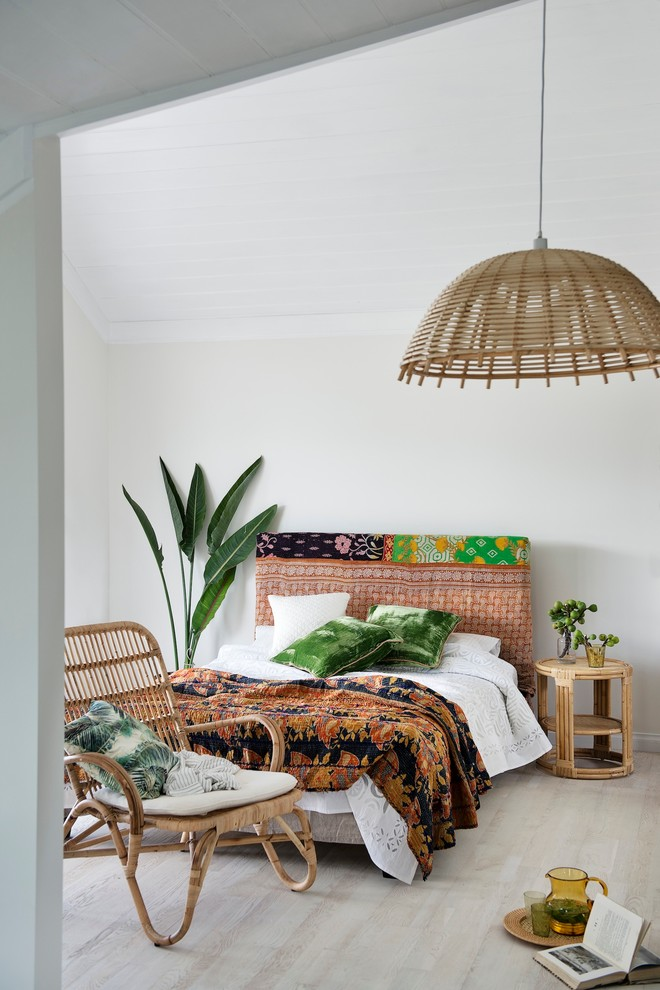 Fabulously Cool Boho Chic Furniture Pieces To Consider