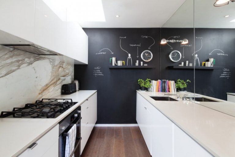 Brilliant Kitchen Wall Decor Ideas to Enhance Your Kitchen     kitchen wall decor ideas black feature wall chalkboard dark wood flooring  galley kitchen marble splashback mirror