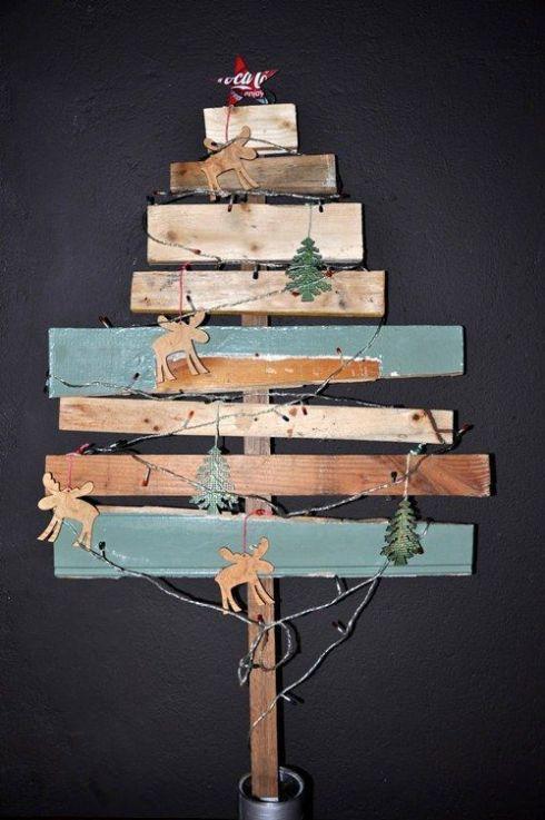 arboles de navidad rusticos reciclando restos 1